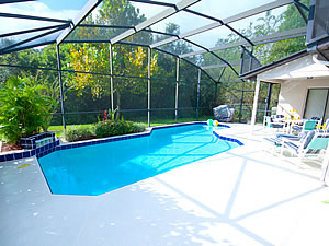 Pool with large sun deck